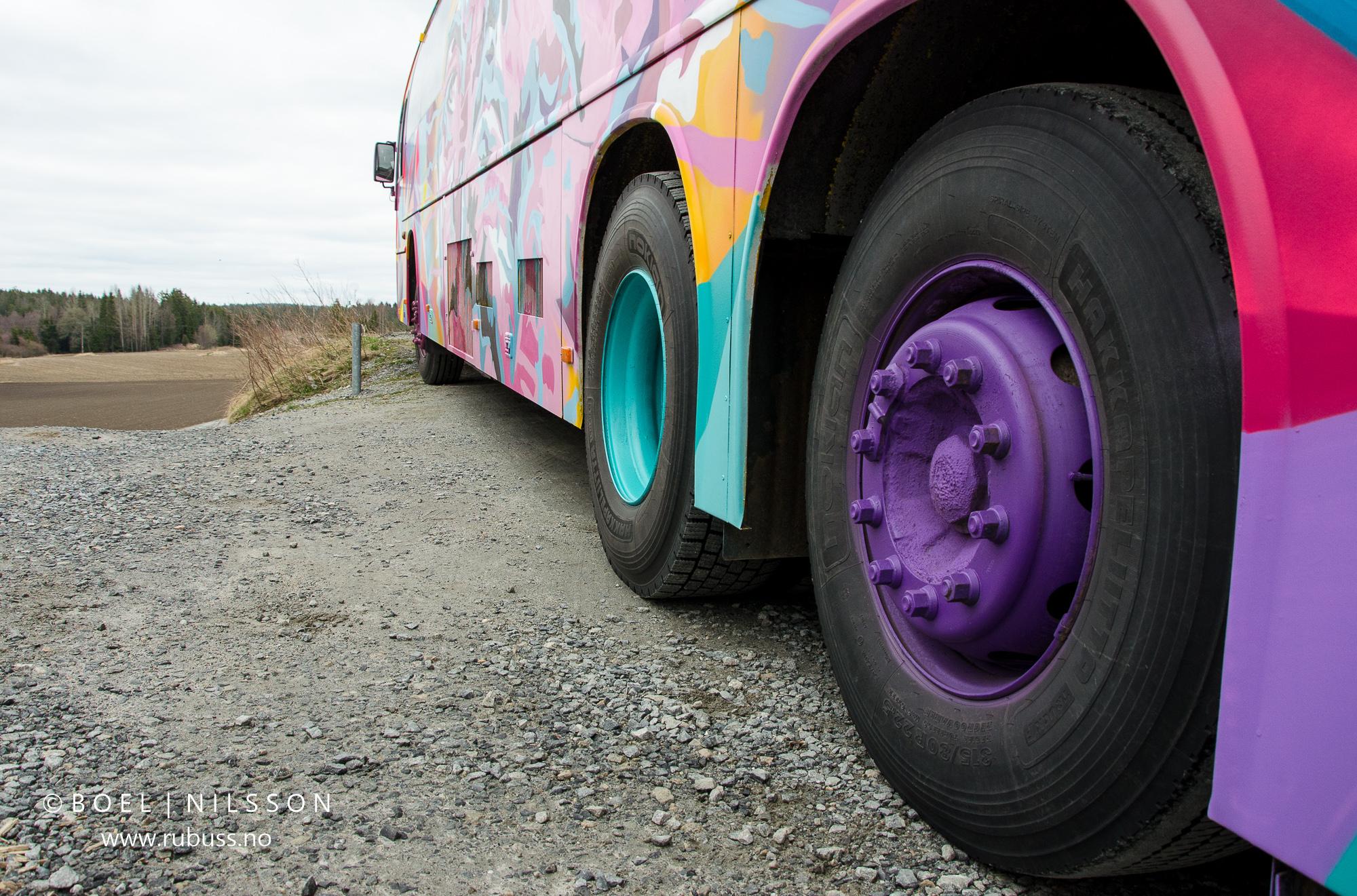 Buss og bakke